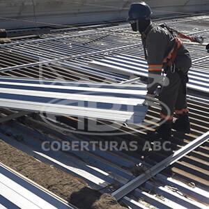 Mão-de-obra Especializada em Telhados Industriais - 1