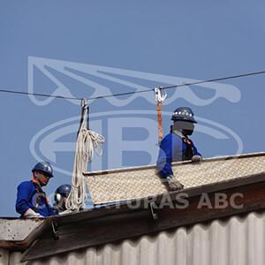 Reparos Emergenciais para Telhados Industriais